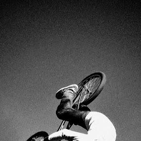 360 flip by Irfan Maulana - Sports & Fitness Cycling