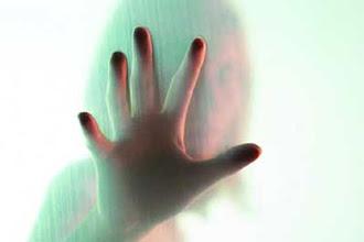 Photo: Delhi: 4 cases of domestic abuse in 24 hours, 3 women dead http://t.in.com/arZE