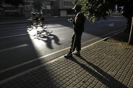 Veiligheidswagte om te staak ná samesprekings in duie stort - SowetanLIVE