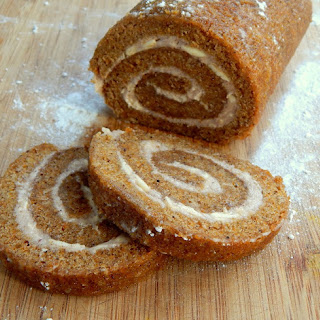 Pumpkin Rolls with Cinnamon Cream Cheese Filling