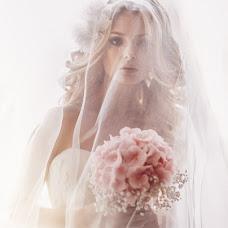 Wedding photographer Natalya Melnikova (fotomelnikova). Photo of 28.02.2014