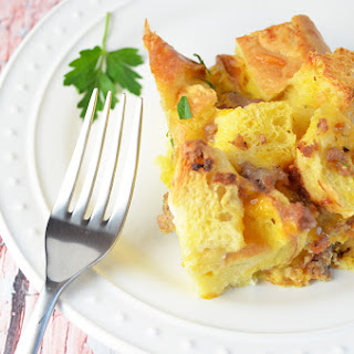 Easy Sausage Cheese and Egg Casserole
