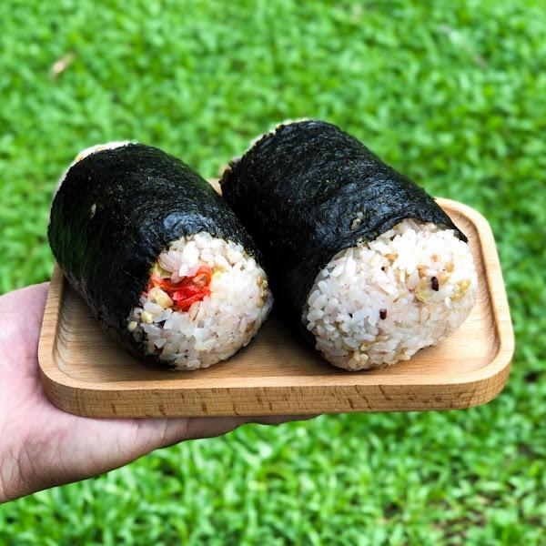 艾食飯糰 _ 不脹氣的日式海苔大份量飯糰,吃飽元氣十足