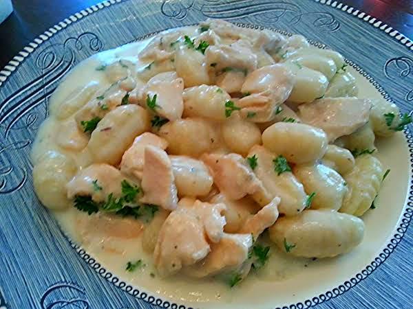 Chicken & Gnocchi In Creamy Parmesan Sauce