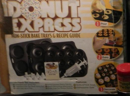This makes 24 delicious donuts..This is a picture of the baking pans I use.I...