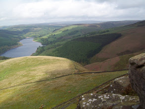 Photo: Ladybower Reservoir from Whinstone Lee Tor 3