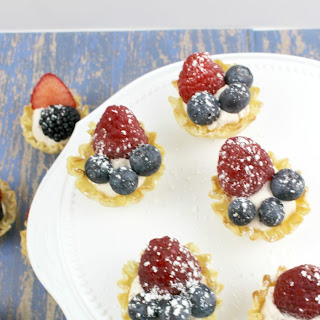 Easy Mini Fruit Tart Recipe – 4th of July Party Food.