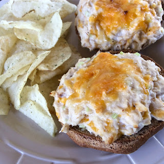 Easy Broiled Tuna Melts.