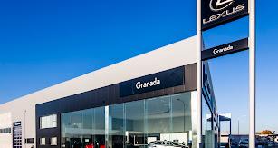 La marca premium de vehículos híbridos que más vende en el mundo tiene presencia en Granada.