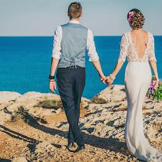 Wedding photographer Irina Akinshina (Eirini). Photo of 18.10.2014