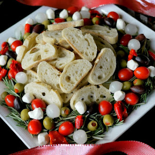 Christmas Antipasto Wreath.