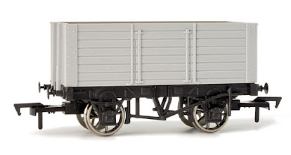 Photo: A014 7 Plank Wagon 9ft Wheelbase