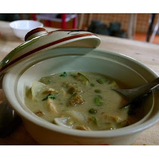 Green Curry With Zucchini