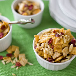 Cranberry Orange Healthy Holiday Snack Mix