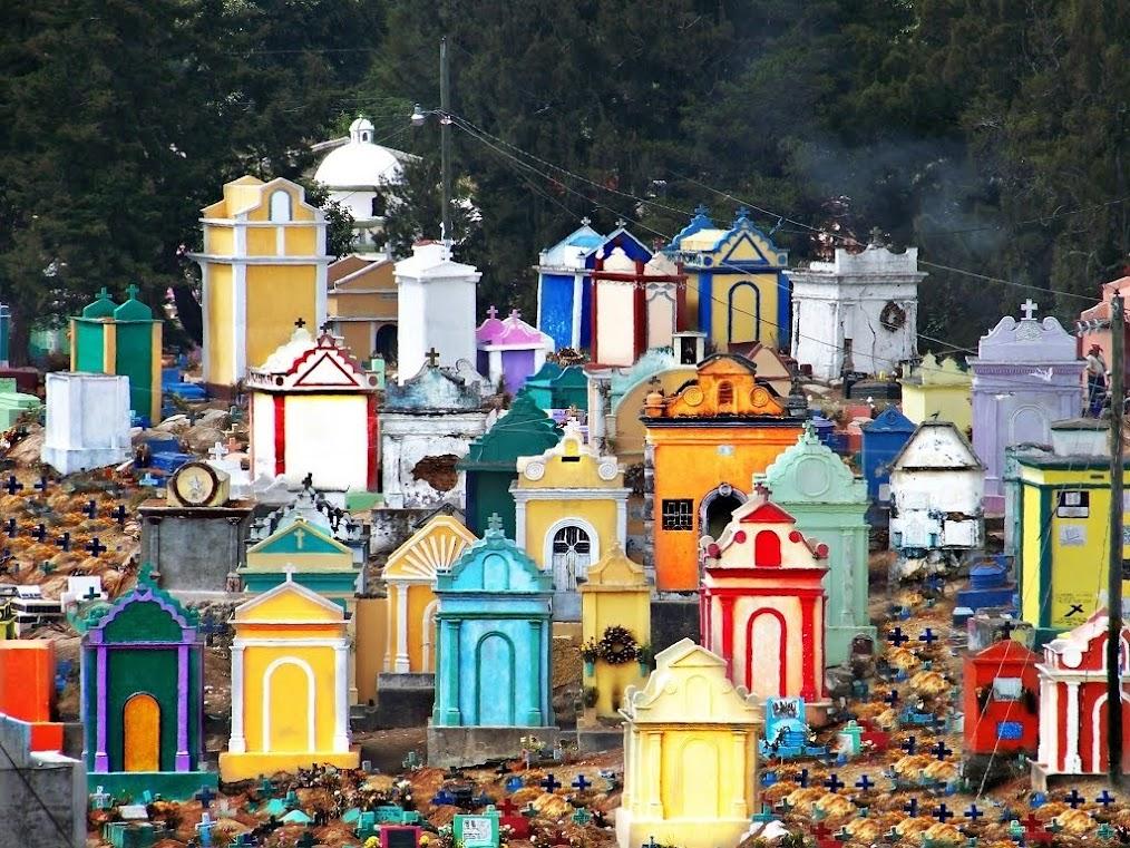 Os Cemitérios coloridos da Guatemala