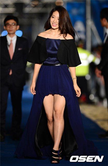 shinhye gown 43