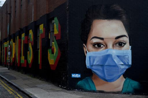 UK to make face masks mandatory in shops