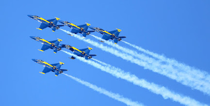 Photo: Blue Angels -- great at flying. Counting ... not so much.  taken during the amazing airshow in SF this weekend