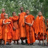 Giovani monaci di