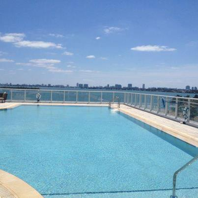 Photo: Sunday, Funday! Especially when tomorrow is a holiday! Enjoying the bay breeze & unmatched view from Paramount Bay's East Pool.