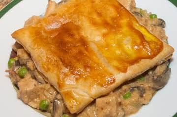 Poultry Essentials: Chicken, Mushroom & Rice Pie