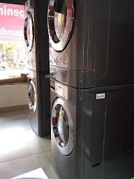 Sai Laundry Lounge photo 2
