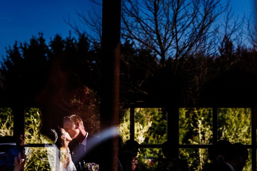Wedding photographer Antoine Rassart (twane). Photo of 22.04.2015