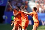 Oranje Leeuwinnen slepen zich voorbij Italië richting halve finales én Tokio 2020