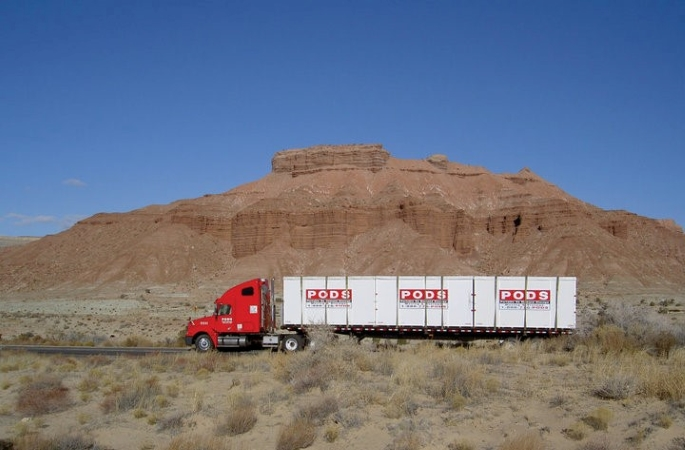 PODS truck moving cross-country