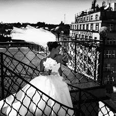 Wedding photographer Volodymyr Ivash (skilloVE). Photo of 05.12.2013
