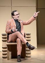 Photo: DAS KONZERT von Herrmann Bahr. Wiener Akademietheater - Premiere 7.2.2015. Inszenierung: Felix Prader.  FlorianTeichtmeister.  Copyright: Barbara Zeininger