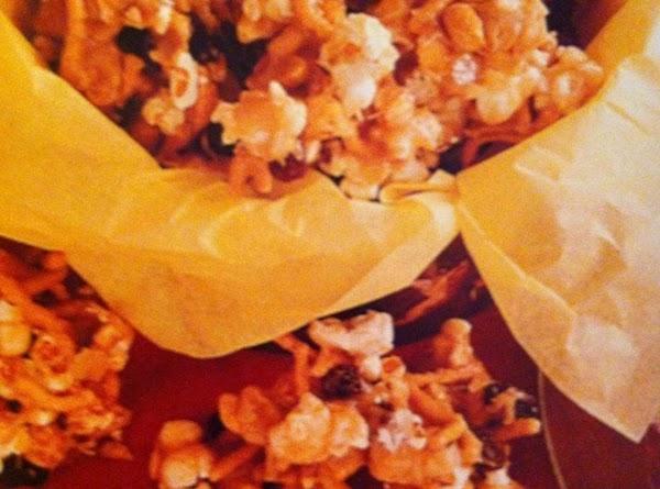 Popcorn Caramel Crunch Recipe