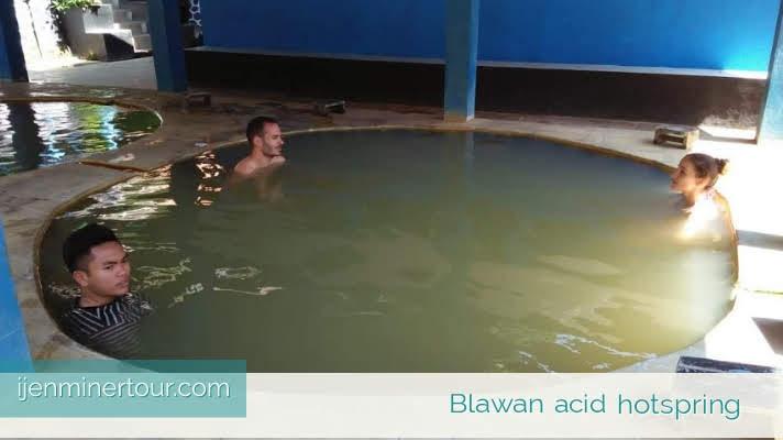 Blawan acid hotspring Kawah Ijen - ijenminertour.com