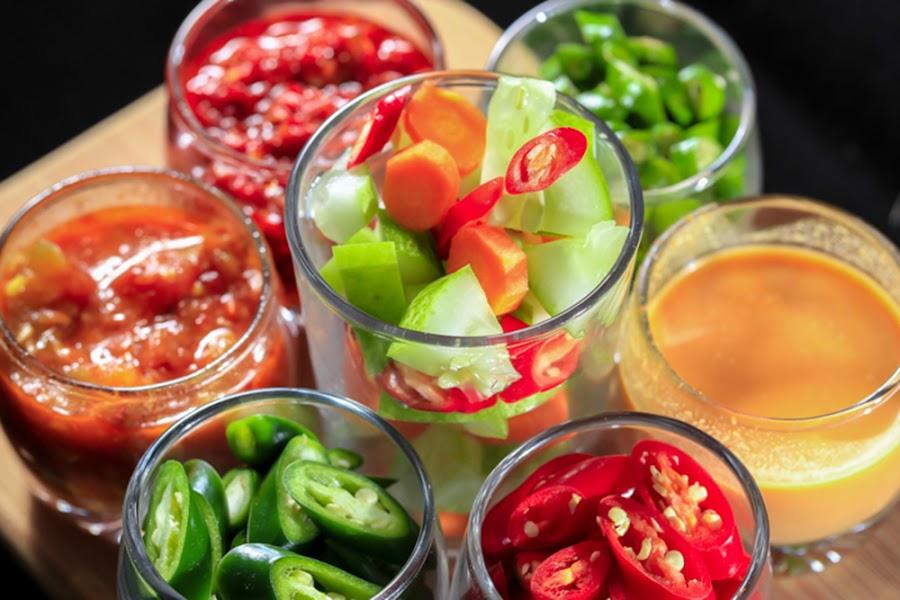 Hot hot hot by Hade Hartono - Food & Drink Fruits & Vegetables ( sweet, vegetables, hot, sauce, chili )
