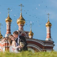 Wedding photographer Yan Belov (Belkov). Photo of 23.12.2013