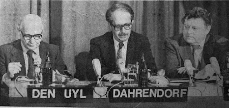 """Photo: DAVOS/SWITZERLAND, JAN 1978 - Johannes Marten den Uyl, Prime Minister of the Netherlands (1973-77); Ralf Dahrendorf, Director of the London School of Economics; and Franz Josef Strauss, Chairman of the Christian Social Union (CSU) of Bavaria, Germany captured during the European Management Symposium, the predecessor of the World Economic Forum in Davos in 1978. Copyright <a href=""""http://www.weforum.org"""">World Economic Forum</a> (<a href=""""http://www.weforum.org"""">http://www.weforum.org</a>)"""