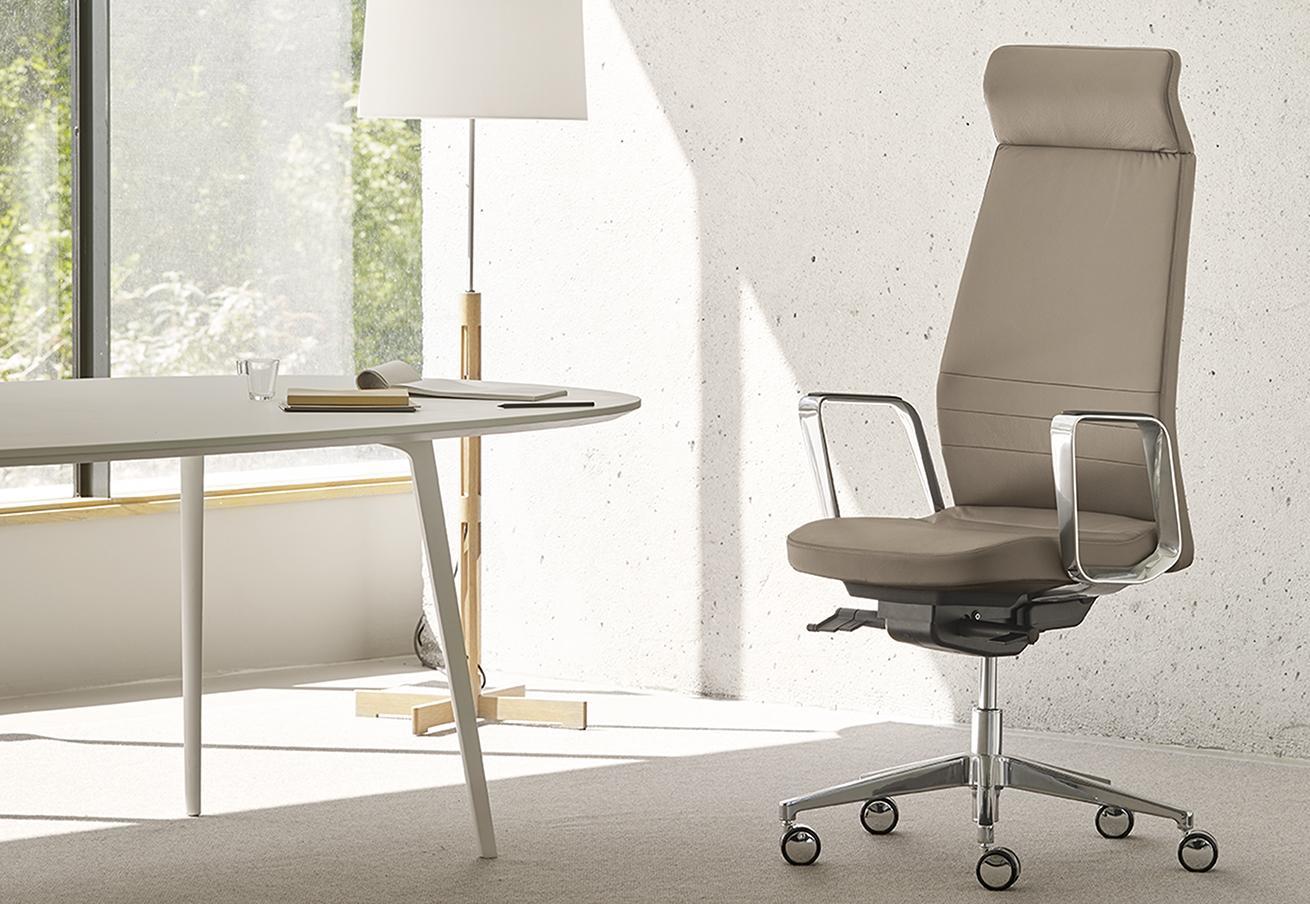 fauteuil bureau à tétière intégrée