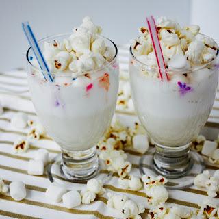 Marshmallow Popcorn Milkshake
