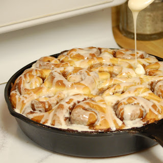 Cast Iron Cinnamon Rolls