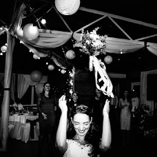 Wedding photographer Oleg Onischuk (Onischuk). Photo of 25.05.2017
