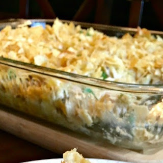 Old Fashioned Tuna Noodle Casserole