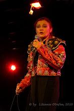 """Photo: Anna Chodakowska. Prezentacja spektaklu """"Zmienność Róży"""" luty 2010 Centrum Kultury Łowicka w Warszawie. Fot. Liliana Otręba"""