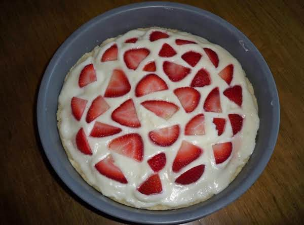 This Is A Variation Of The Strawberry Pizza, Made Without The Strawberry Glaze, And In A 9 Inch Pan. However, The Result Is Generally The Same.
