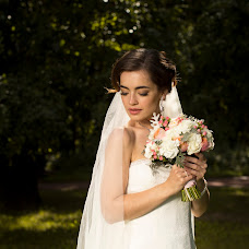 Wedding photographer Alena Mezhova (MezhovA). Photo of 25.07.2015