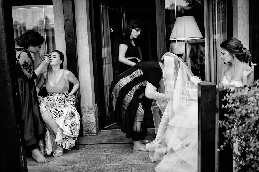 Wedding photographer Marius Barbulescu (mariusbarbulesc). Photo of 27.02.2017