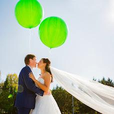 Wedding photographer Olya Permyakova (grafinja). Photo of 27.10.2014