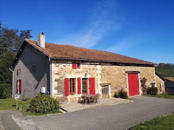 maison à La Rochefoucauld (16)