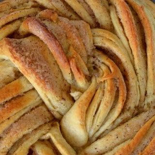 Fun Friday ~ Russian Rose Bread / Cinnamon Sugar Braided Bread