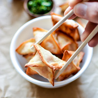 Spicy Baked Chicken Cream Cheese Wontons