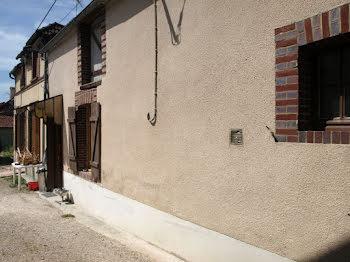maison à Avrolles (89)